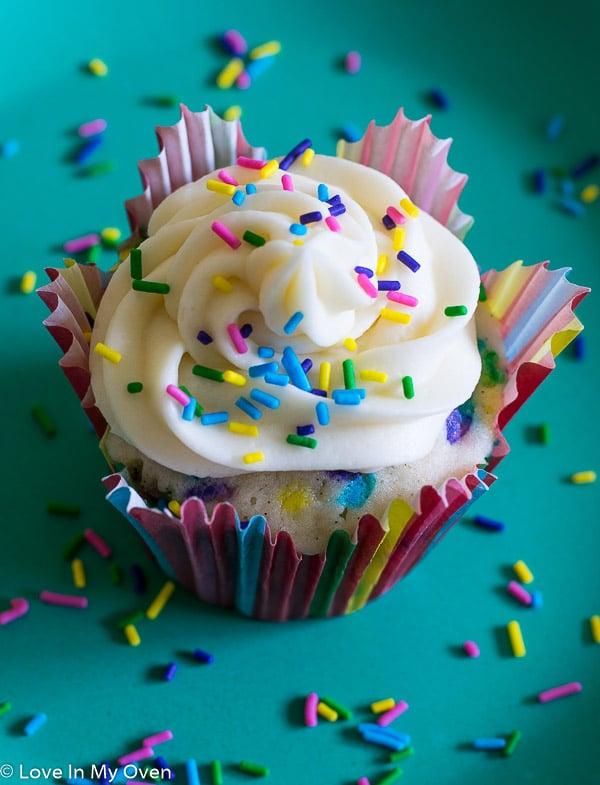 Funfetti Birthday Cupcakes