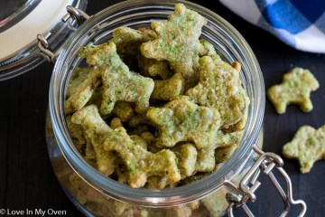 Green Monster Crackers