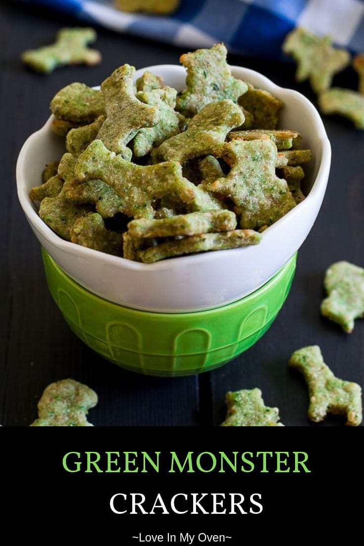 Bite-sized crackers full of spinach and complemented by parmesan cheese make for a nice, light snack! #blw #greenmonster #crackerrecipes #healthycrackers #homemadecrackers #kidssnacks #babysnacks