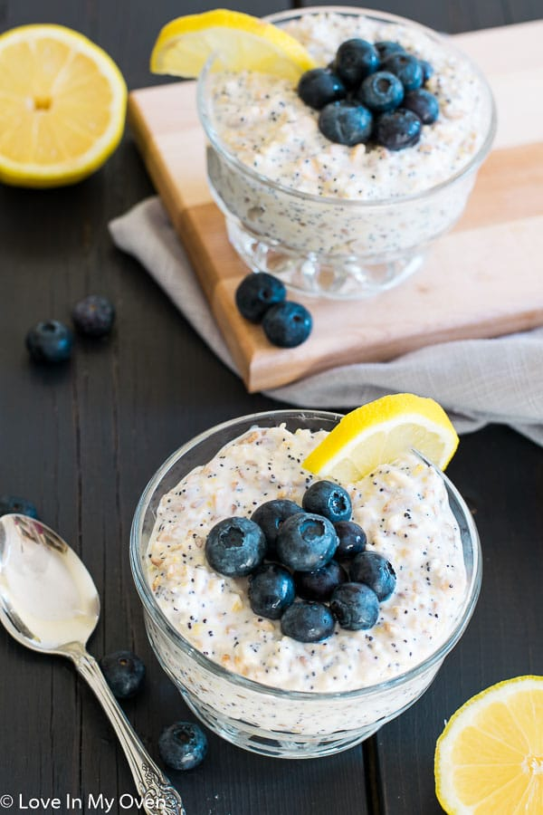 lemon poppyseed overnight oats