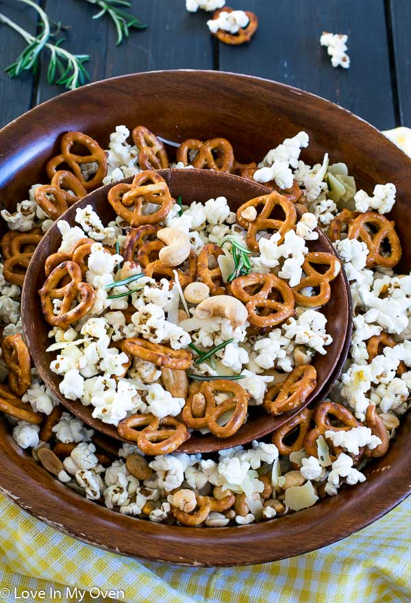 Parmesan Rosemary Snack Mix