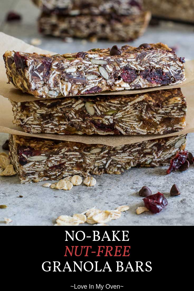 These no-bake nut-free granola bars are chewy, healthy and delicious. They\'re a nut-free snack bar that tastes as good as the store-bought granola bars, without all the junk. Try this simple granola bar recipe for school lunches this year! // nut free snack bars // healthy chewy granola bar recipe // nut free granola bars