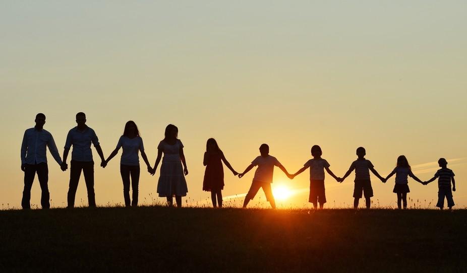 Rolul familiei in conturarea personalităţii unui adolescent