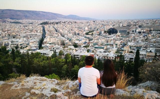 Iubirea este un drog - Indragostiti. Location : Filopappos Hill, Thisseio, Athens. Location : Filopappos Hill, Thisseio, Athens,