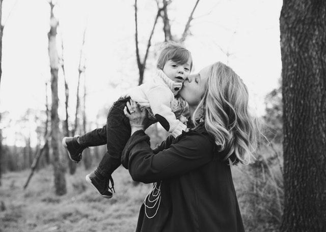 15 semne că mama ta este cea mai bună prietenă a ta