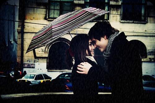 彼氏がデートで思わずキスをしたくなる5つのシチュエーション