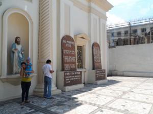 Manila Quiapo Church (1)