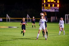 Olentangy Liberty fights for a header