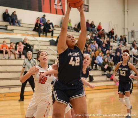 Loveland-Tiger-Womens-Basketball---36-of-48
