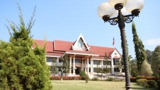 ラオス国立大学へ行きました
