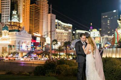 Modern Vegas wedding at The Havana Room at Tropicana from gaby j photograph
