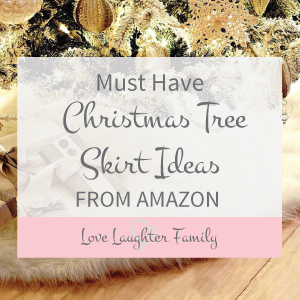 Get your Christmas tree skirt ideas right here. Must have skirts for christmas trees.