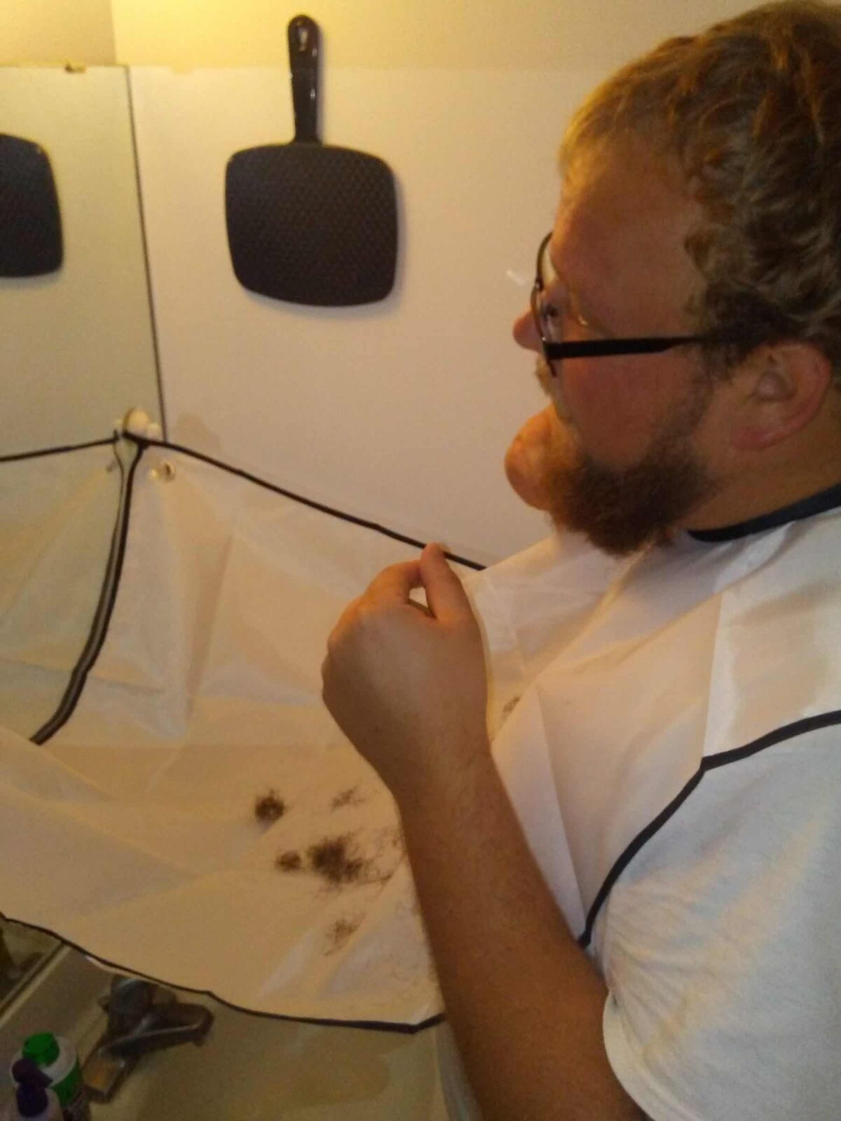 Beard Catcher Cape