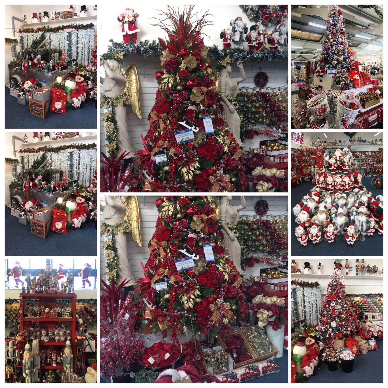 Choosing Your Christmas Colours-Santa's Red Christmas