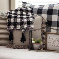 Velvet Plaid Blanket - Free Crochet Pattern
