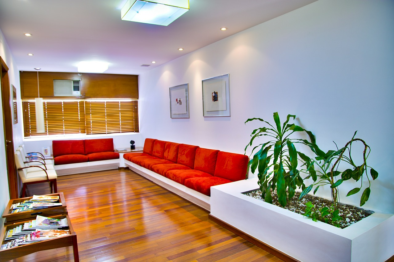 waiting-room-548136_1280