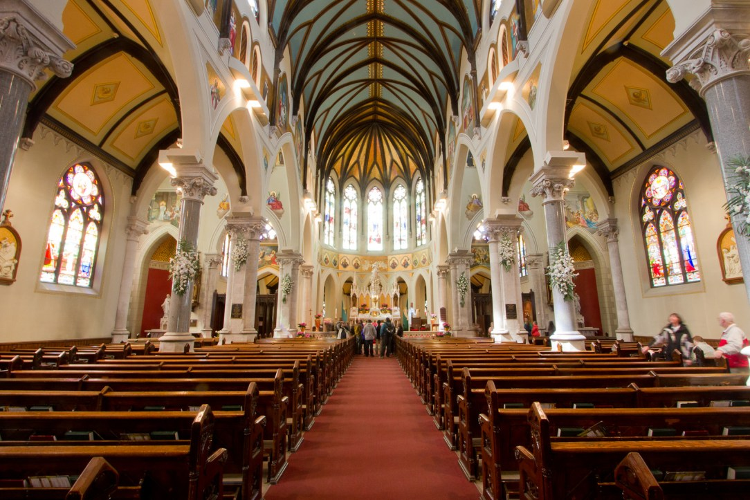 Inside_the_Church_of_Our_Lady_Immaculate,_Guelph.jpg