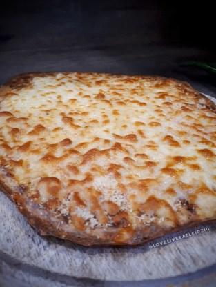 Gebackenes Cheesebread