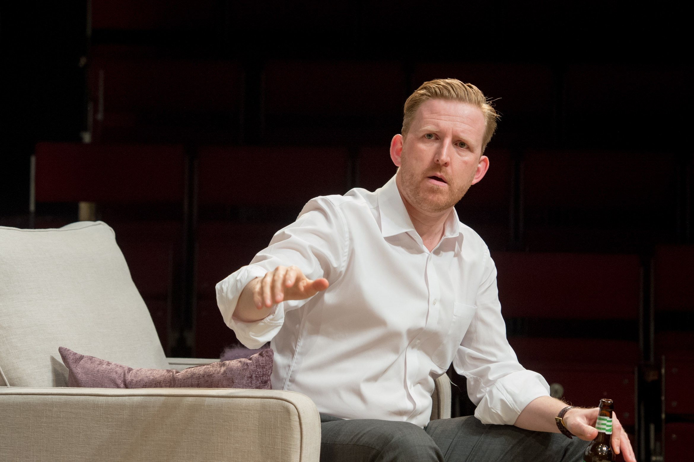 Tom Goodman-Hill (Howie) in Rabbit Hole at Hampstead Theatre. Photos by Manuel Harlan. (1).jpg