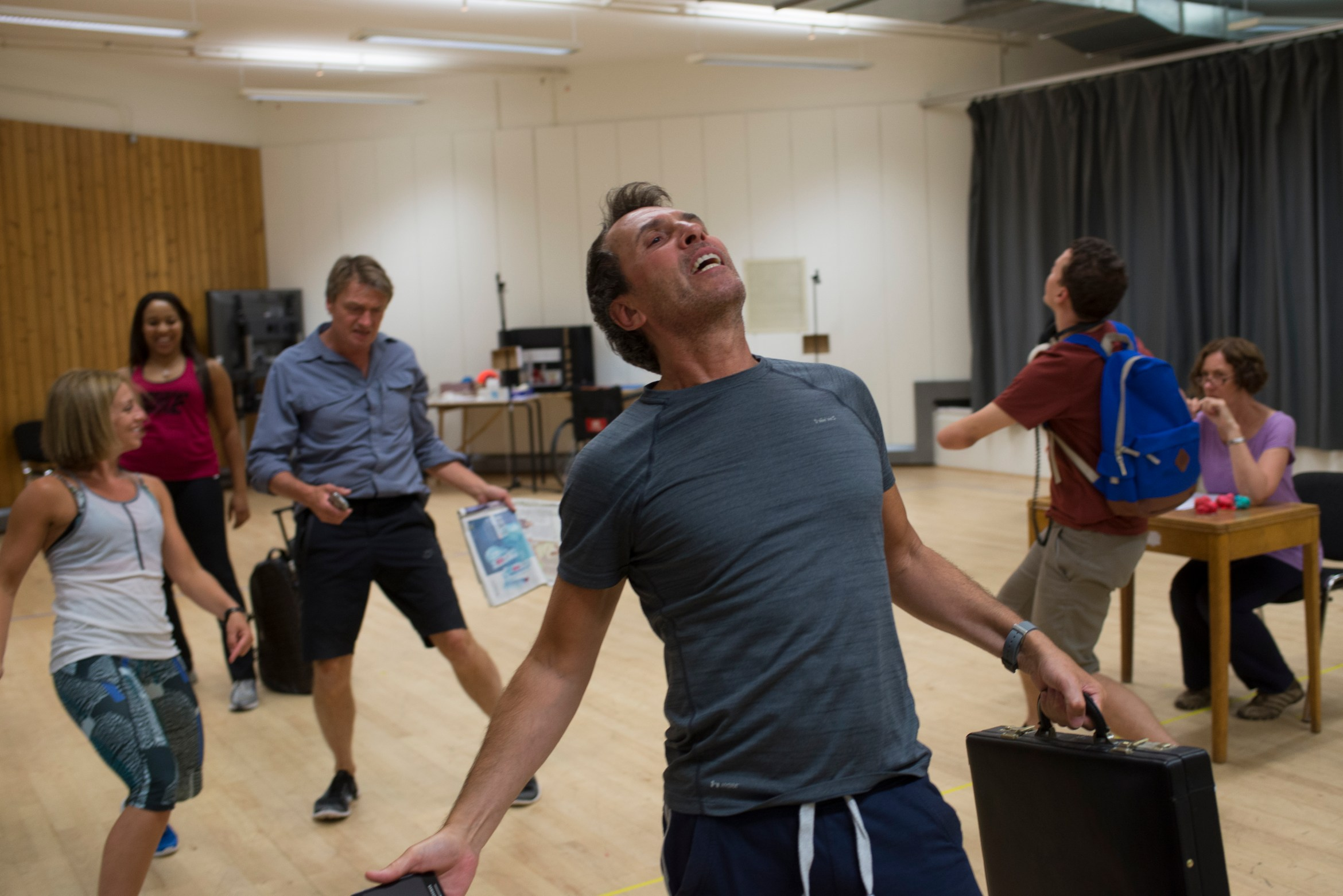 Gareth Snook and company of  A Pacifist's Guide to the War on Cancer Rehearsal Room (c) Sarah Ainslie.jpg
