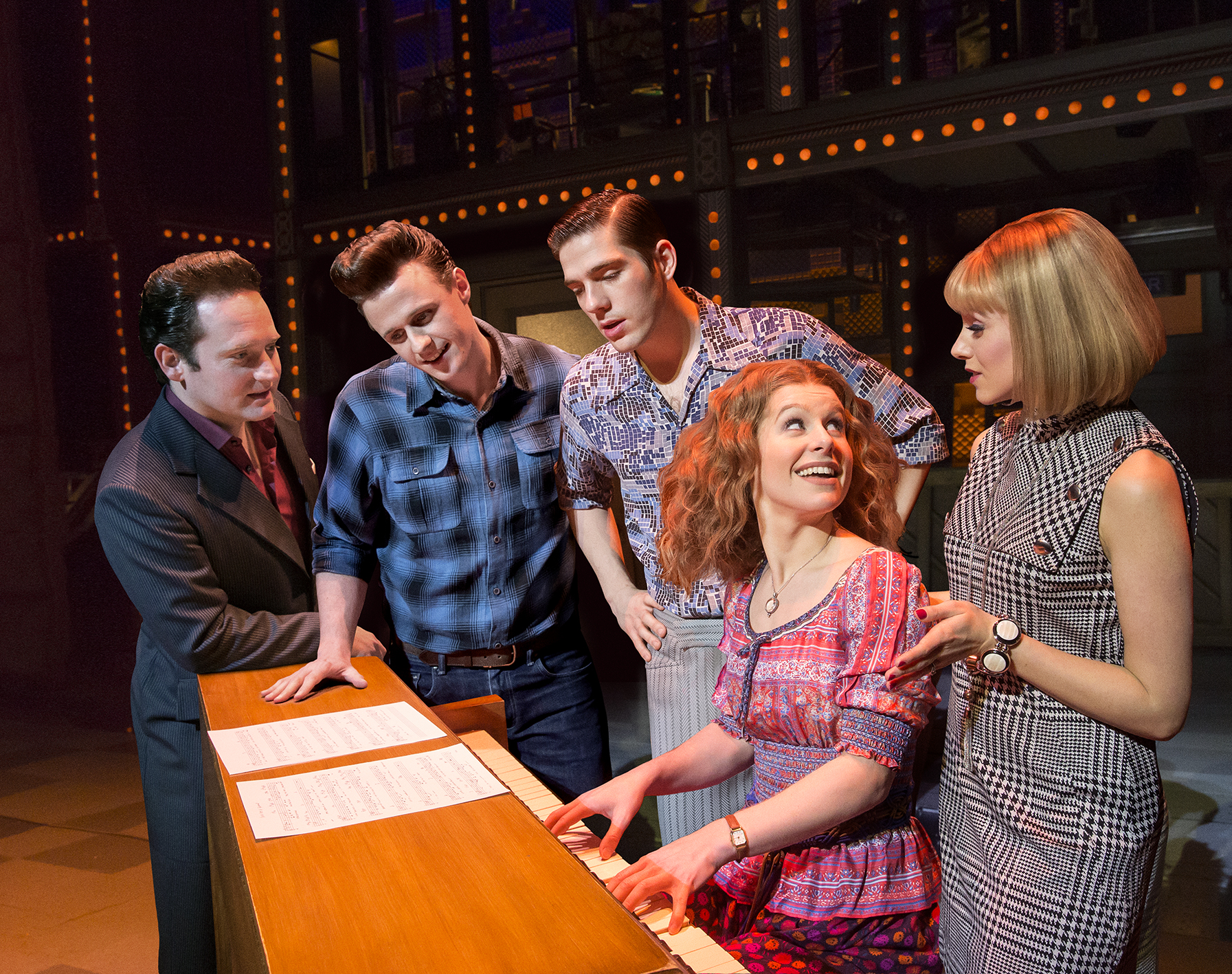 2. BEAUTIFUL The Carole King Musical. Photo by Birgit & Ralf Brinkhoff.jpg