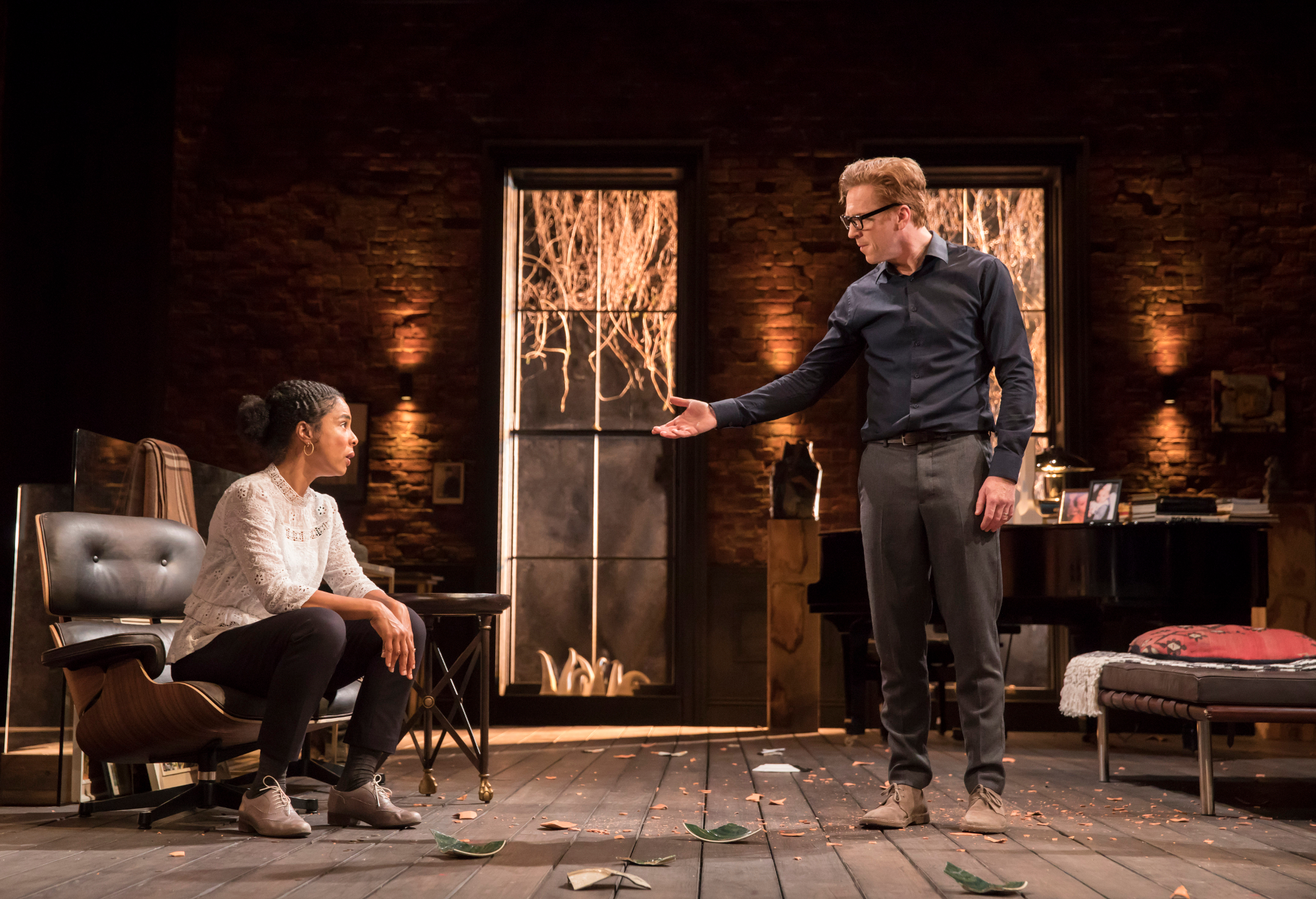 Edward Albee's The Goat, Or Who Is Sylvia - Sophie Okonedo (Stevie), Damian Lewis (Martin) Credit Johan Persson 01195