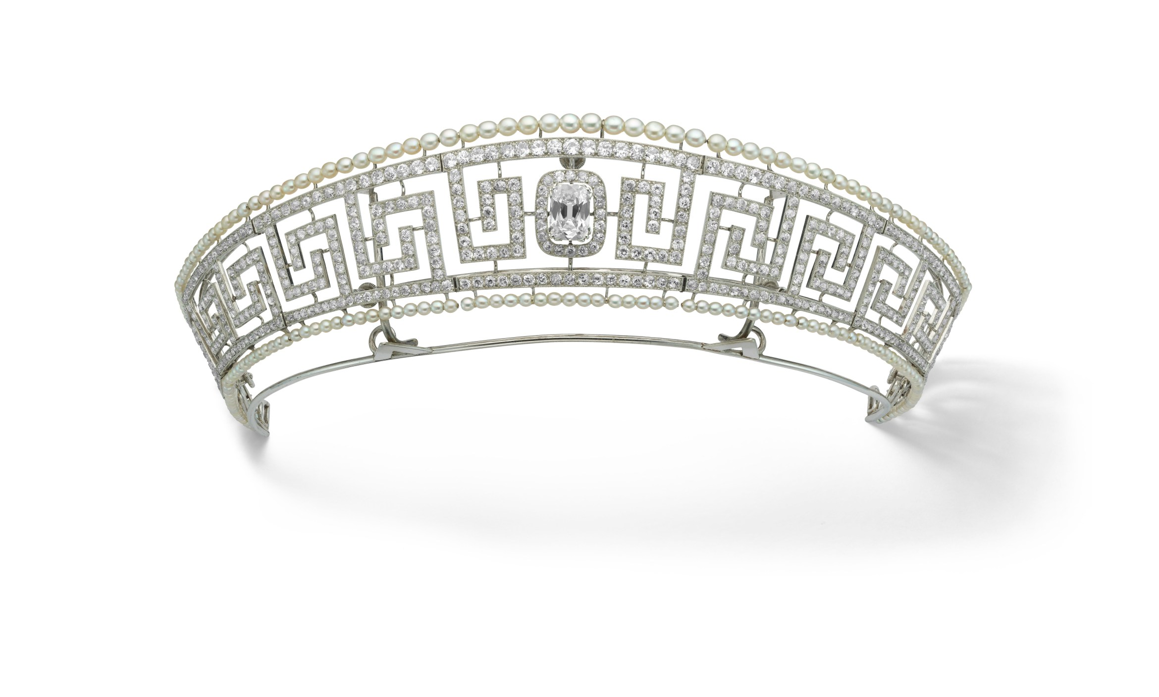 Diamond and pearl tiara saved from the Lusitania, Cartier, Paris, 1909. Previously owned by Lady Marguerite Allan. Marian Gérard, Cartier Collection © Cartier.jpg