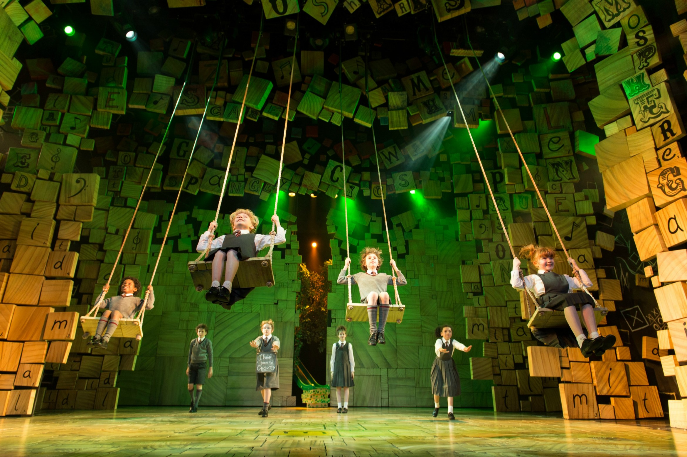 18 - Royal Shakespeare Companys Matilda The Musical. Credit Manuel Harlan