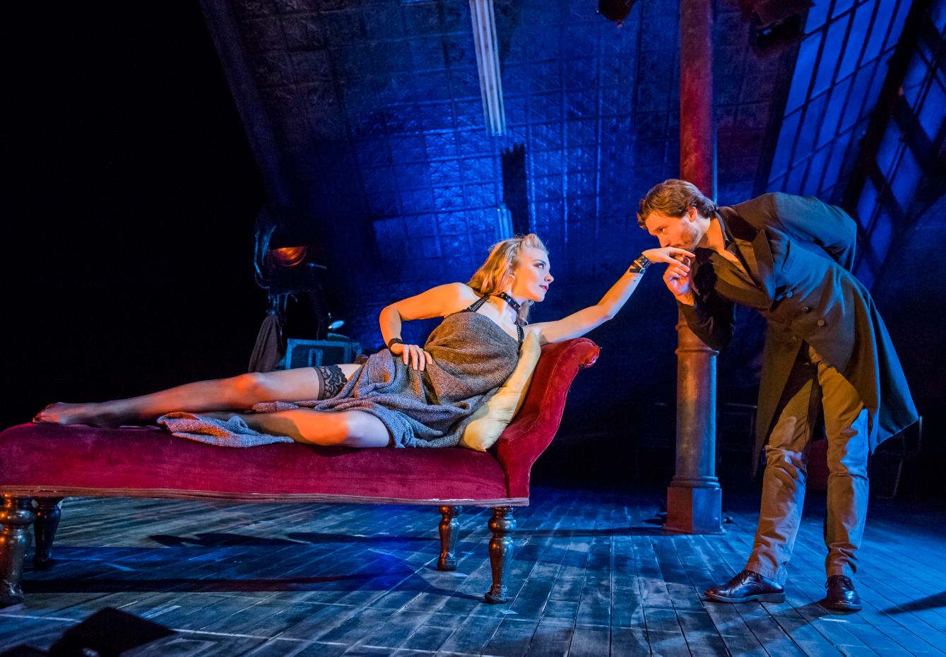 Natalie-Dormer-and-David-Oakes-in-Venus-in-Fur-at-Theatre-Royal-Haymarket.-Credit-Tristram-Kenton.jpg