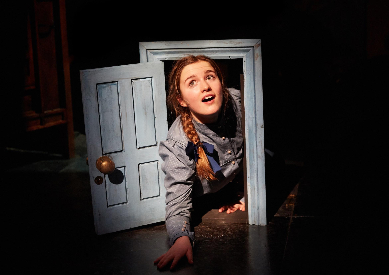 Alice in Winterland. Madeleine Lynes (Alice). Credit - Mark Douet