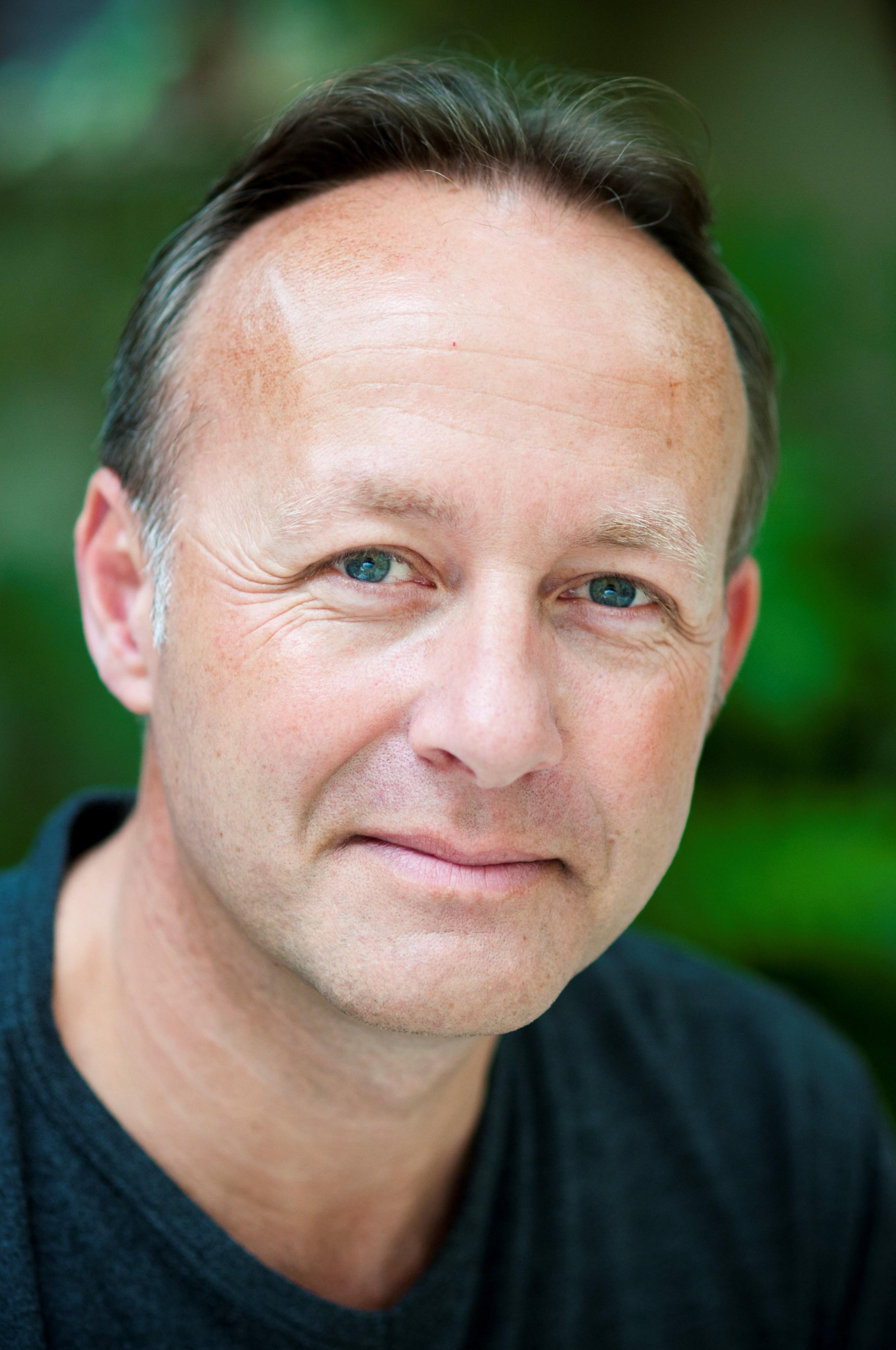 Ian Houghton - courtesy of Pete Bartlett.jpg