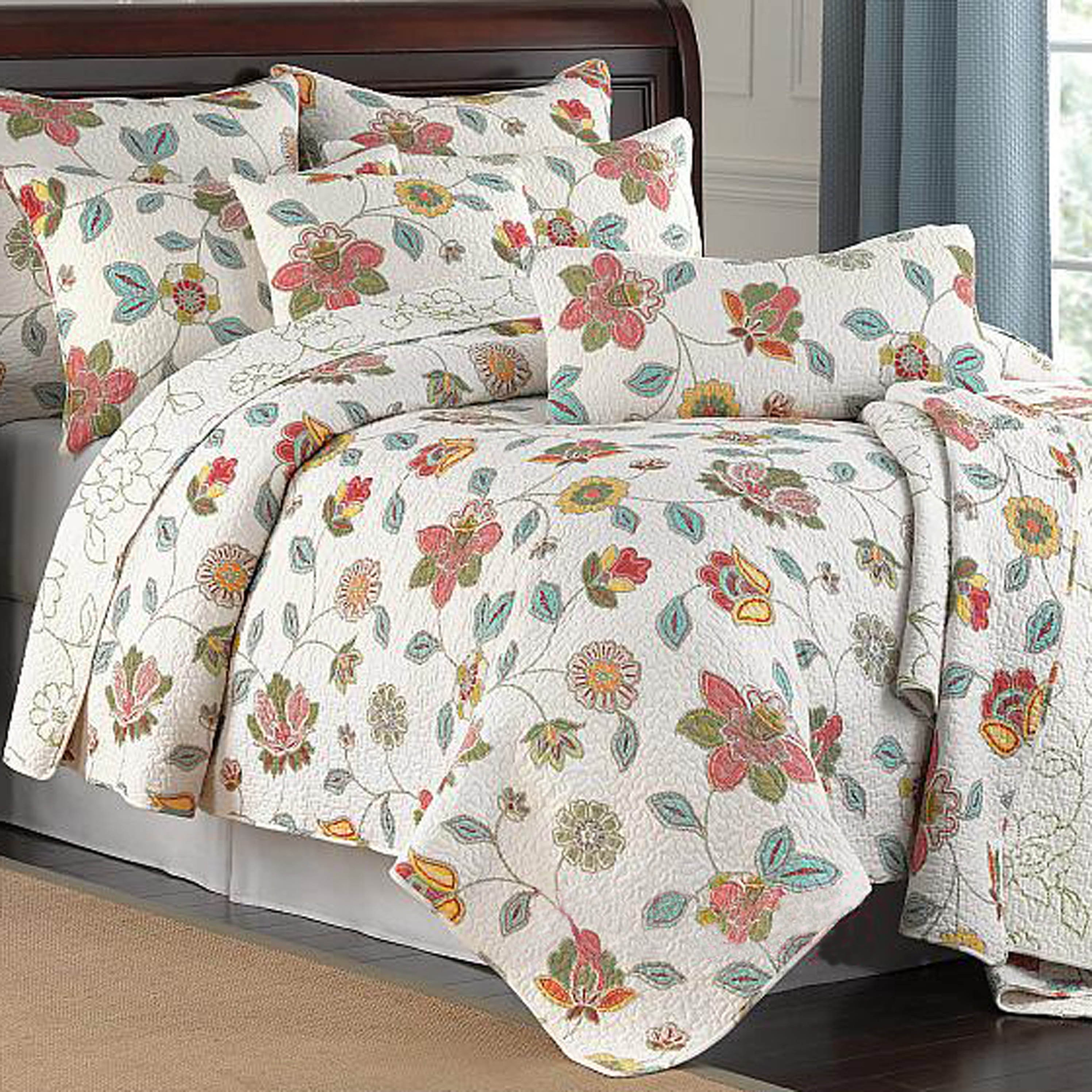 Home Accents Avery Quilt