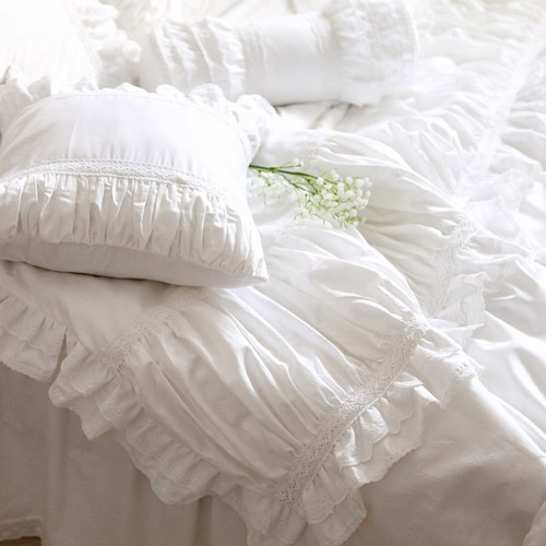 lace bedding set