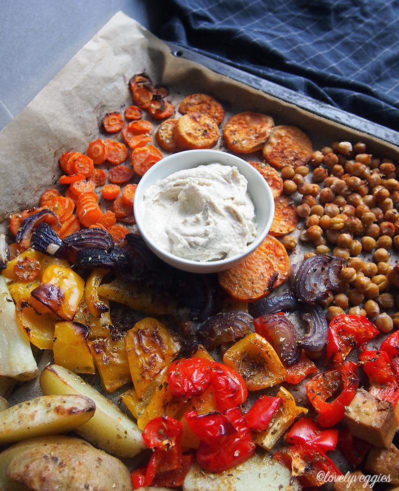 uunijuurekset, vegaani, vegaaninen, arkiruoka, vegaani blogi, uuniruoka, kasvisruoka, helppo arkiruoka