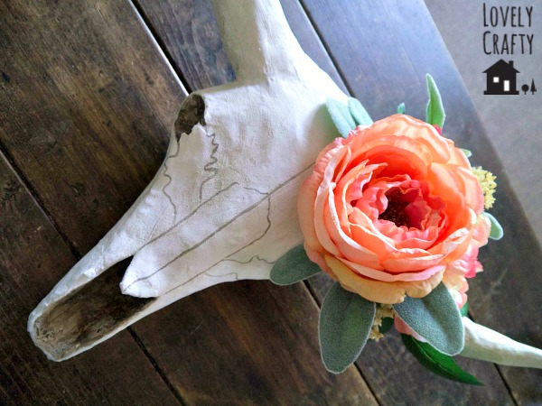 DIY Floral Taxidermy Longhorn Skull