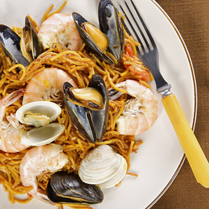 Fideos with Seafood