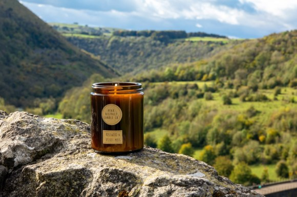 Valentine's gifts in Derbyshire. Peak District Candle Co.