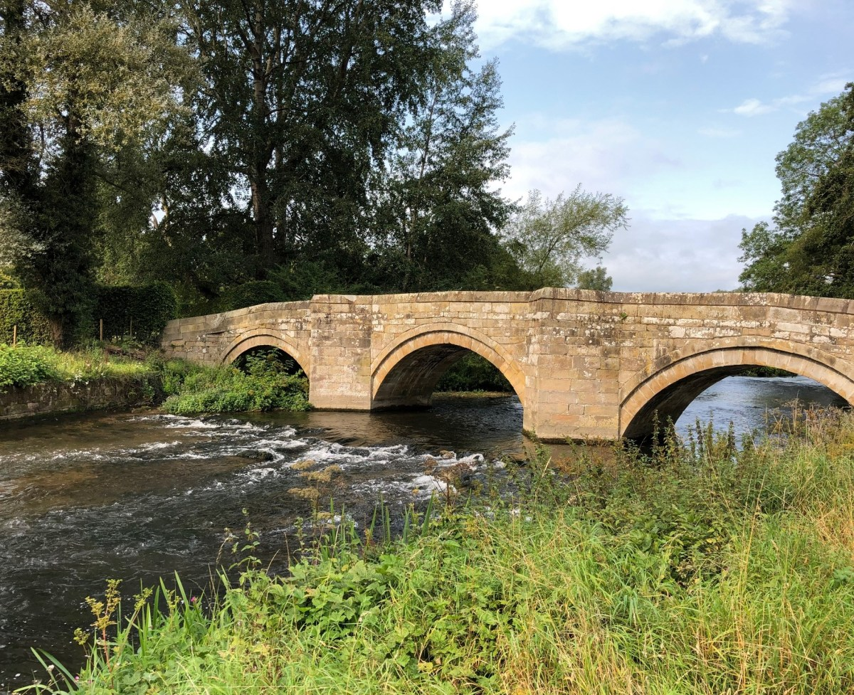 Peak District weekend breaks bridge at Haddon Hall