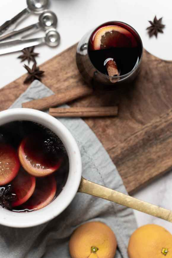 mulled wine - Christmas markets in Derbyshire