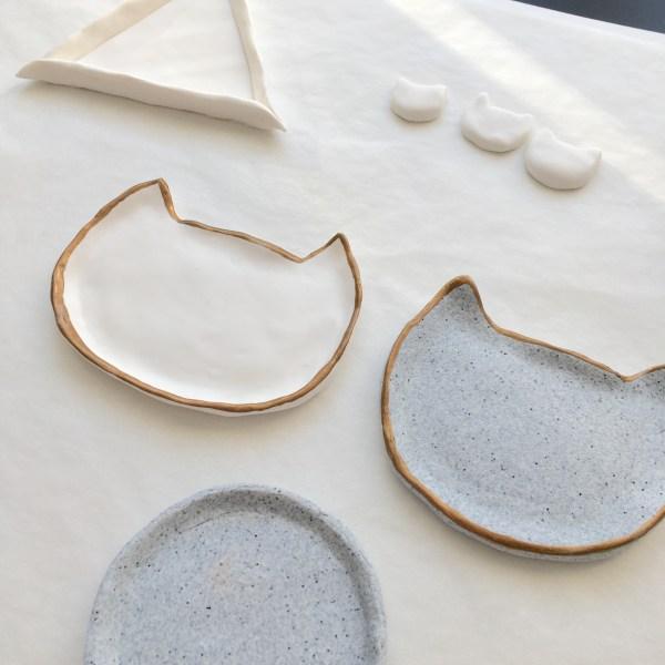 Peinture céramique dorée sur pâte polymère