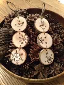0003 Awesome DIY Wooden Christmas Craft Ideas