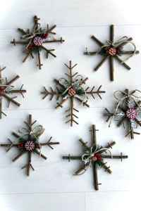 0003 Rustic DIY Wooden Christmas Ornaments Ideas