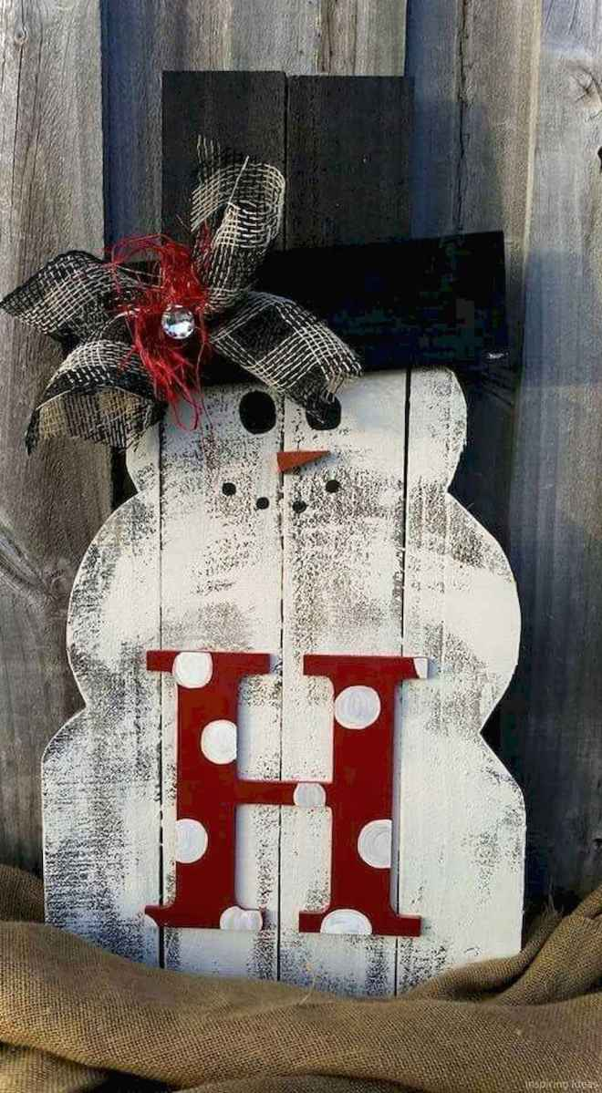 0035 Awesome DIY Wooden Christmas Craft Ideas