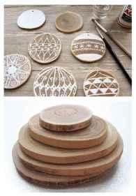 0038 Rustic DIY Wooden Christmas Ornaments Ideas