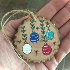 0057 Rustic DIY Wooden Christmas Ornaments Ideas