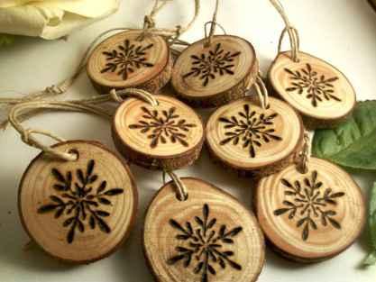 0065 Rustic DIY Wooden Christmas Ornaments Ideas