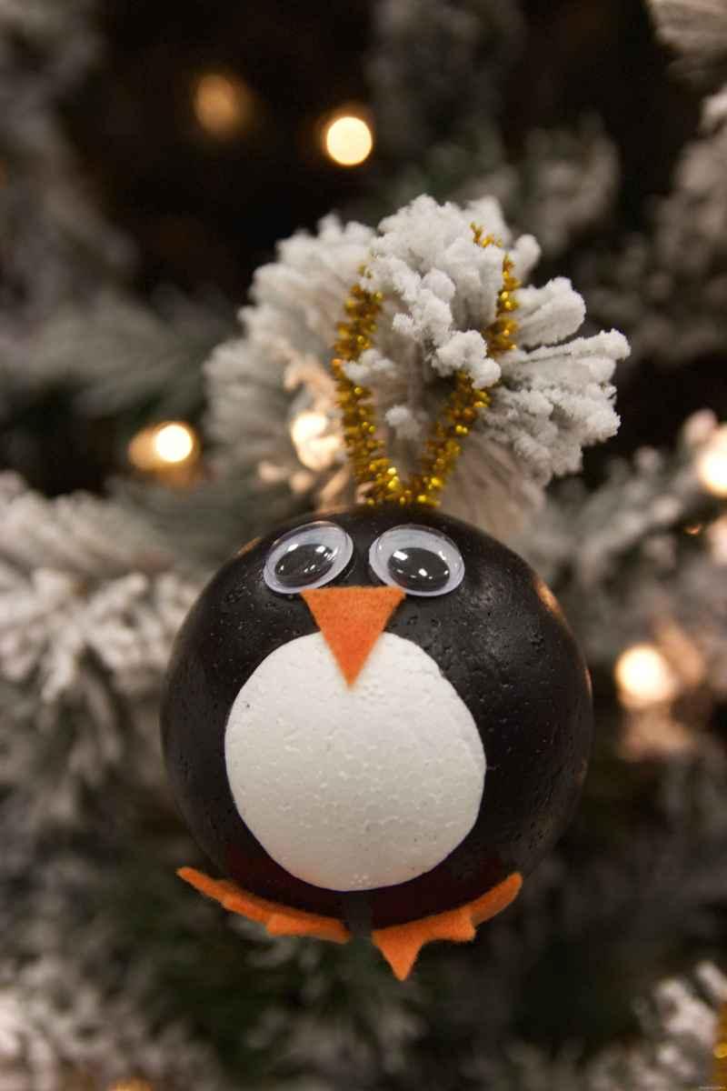 Easy DIY Christmas Ornaments Ideas 0034