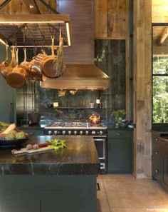 46 Small Cabin Cottage Kitchen Ideas11