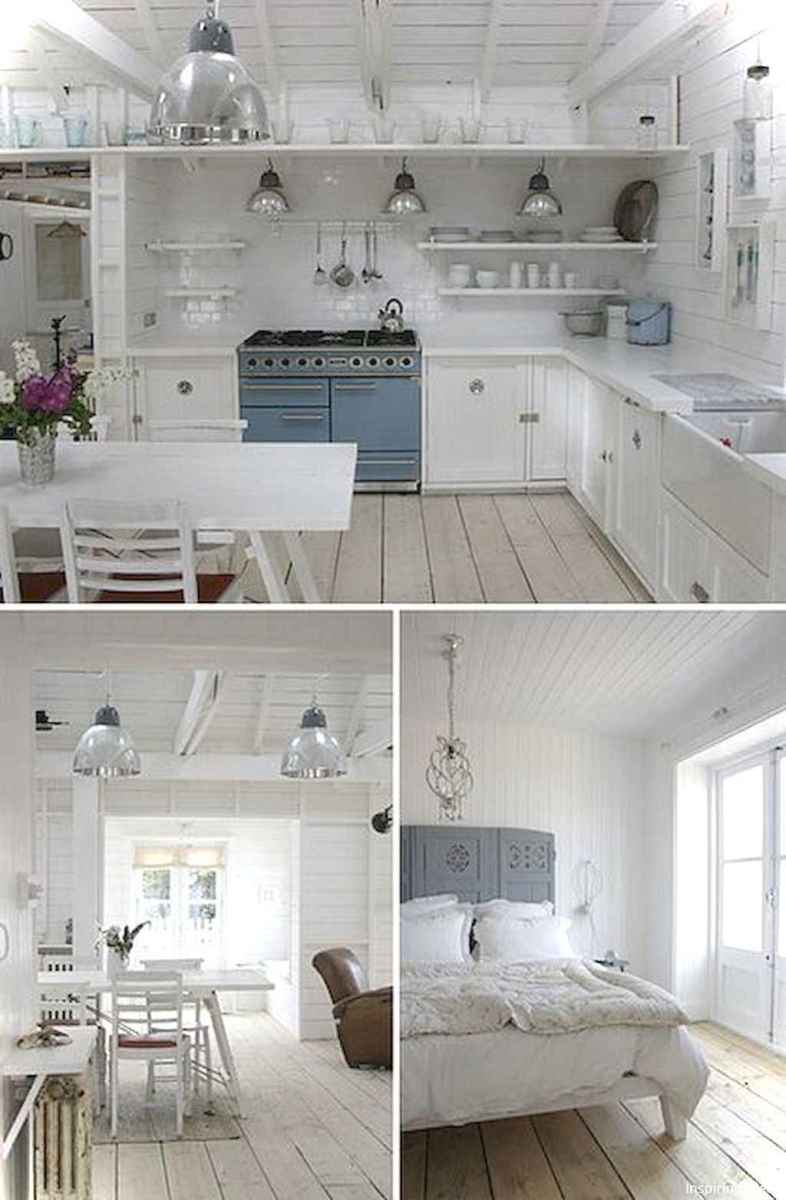 46 Small Cabin Cottage Kitchen Ideas18