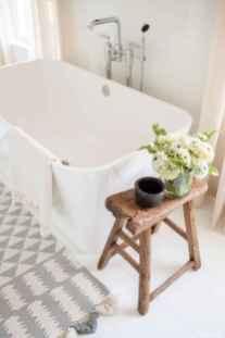 07 Best Modern Farmhouse Master Bathroom Design Ideas